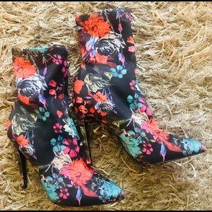 Steve Madden Lovely Stiletto Sock Boot NEW